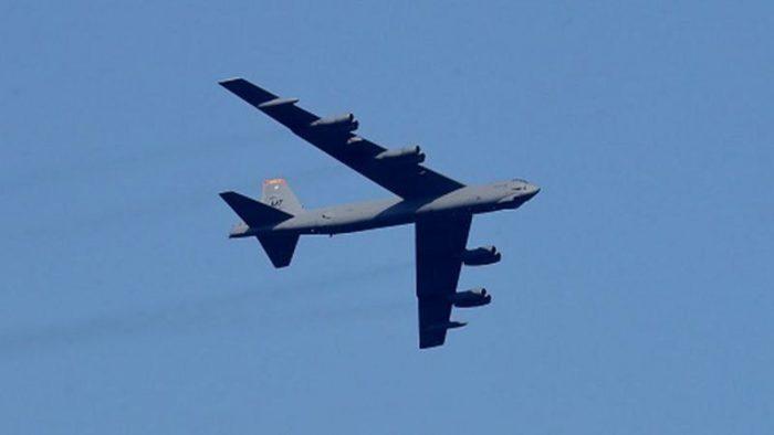 برای خروج امن نیروهای خارجی از افغانستان نیروهای ویژه و بمب افکن بی-۵۲ اعزام میکند