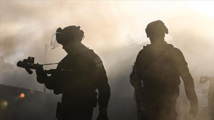 حمله سربازان اسرائیل به مقر هلال احمر فلسطین در کرانه باختری