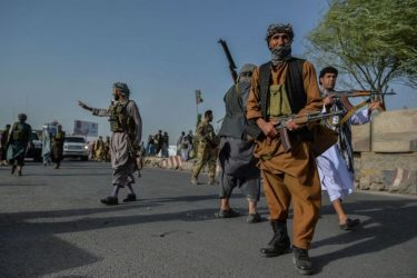 درگیری در دروازههای شهر هرات/بسیج عمومی علیه طالبان رقم خورده
