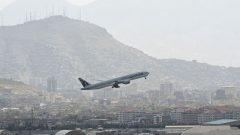 طالبان: آمریکا حریم هوایی افغانستان را محترم بداند